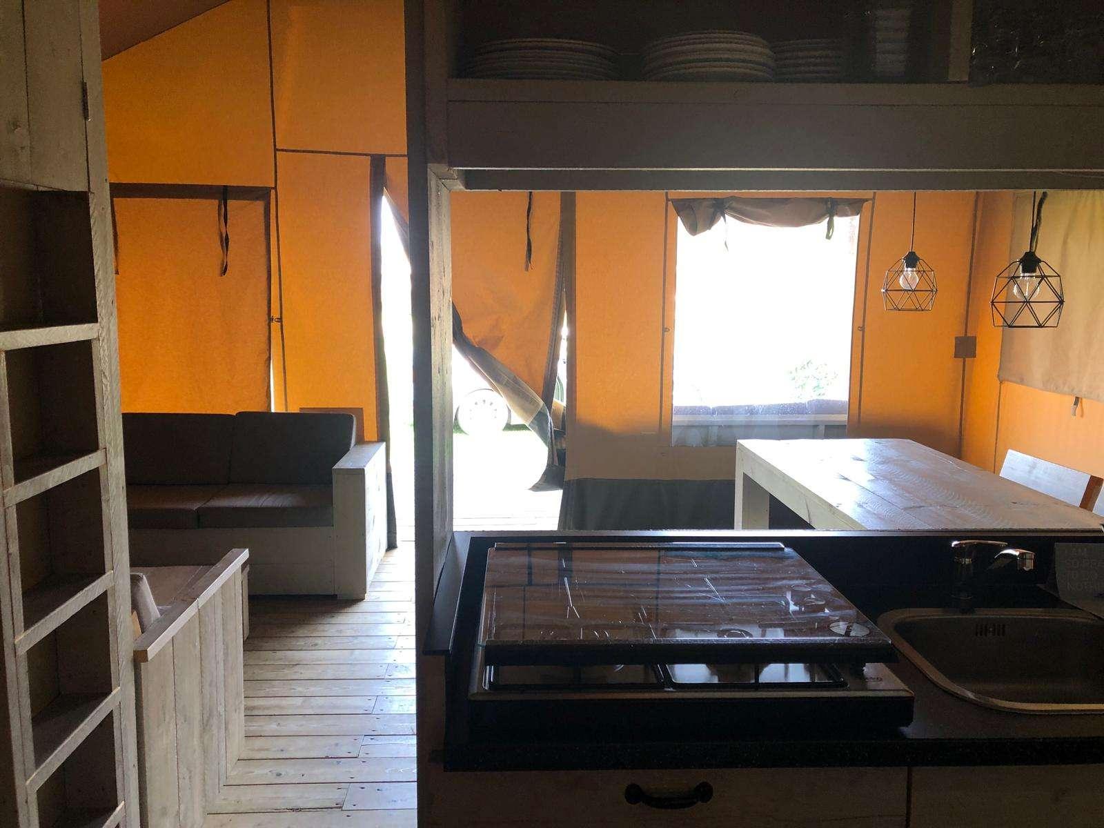 De Boshoek safaricottage keuken