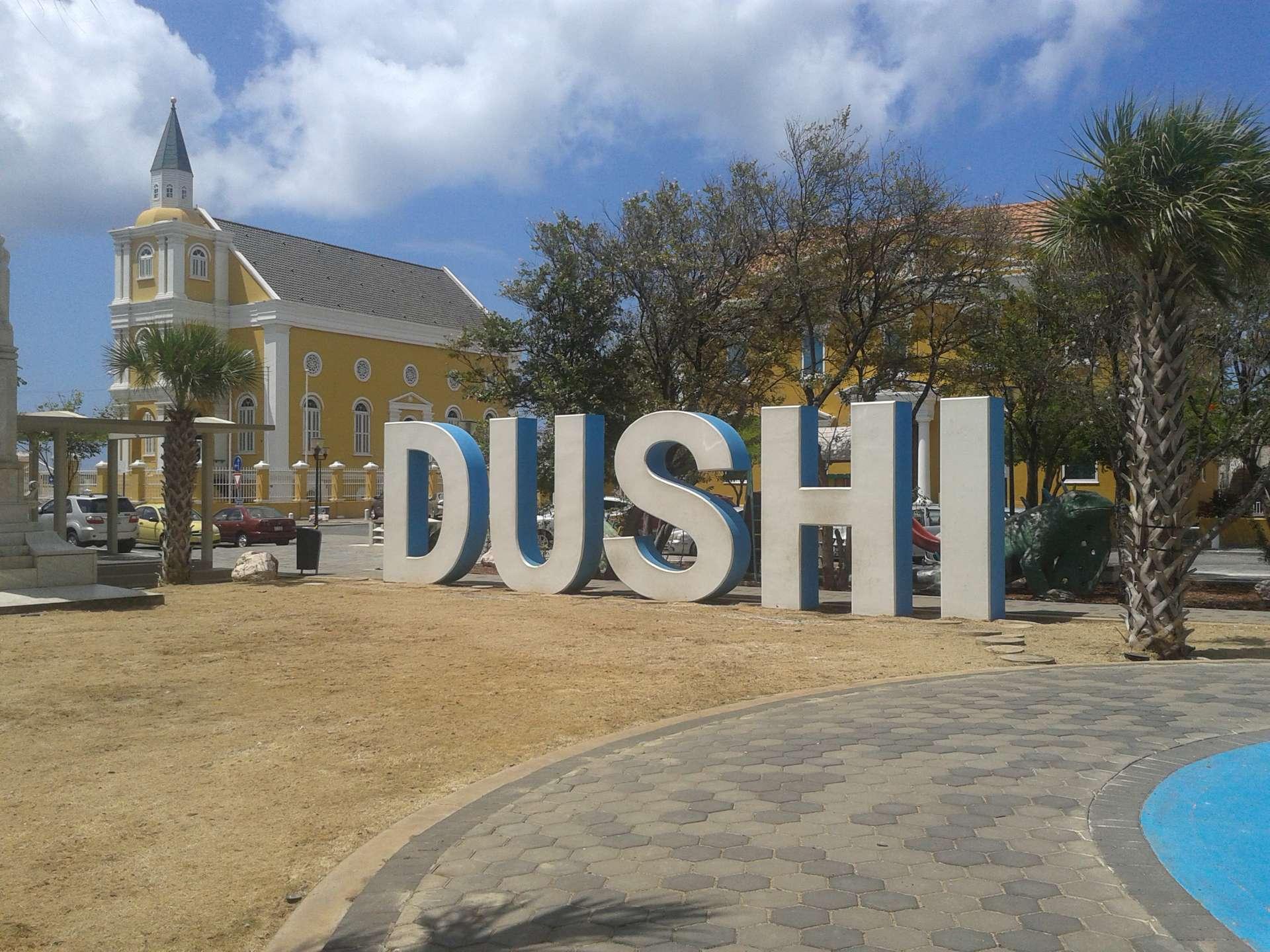 Curaçao, letters dushi