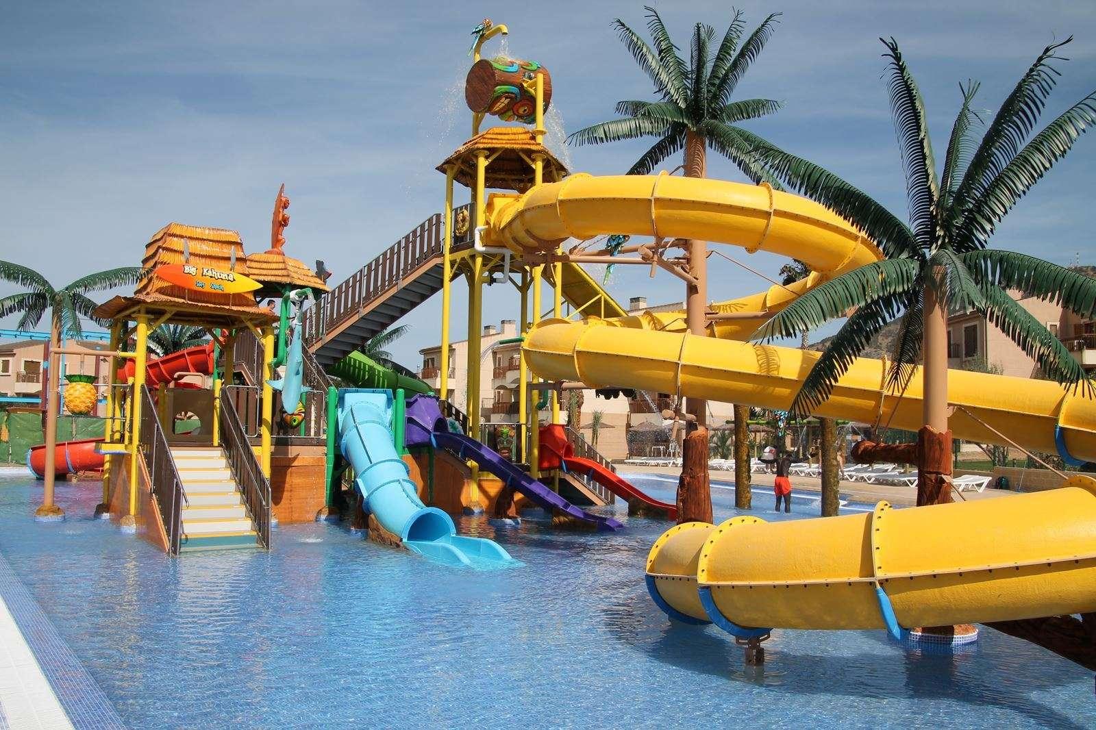 albir garden resort aquapark glijbanen