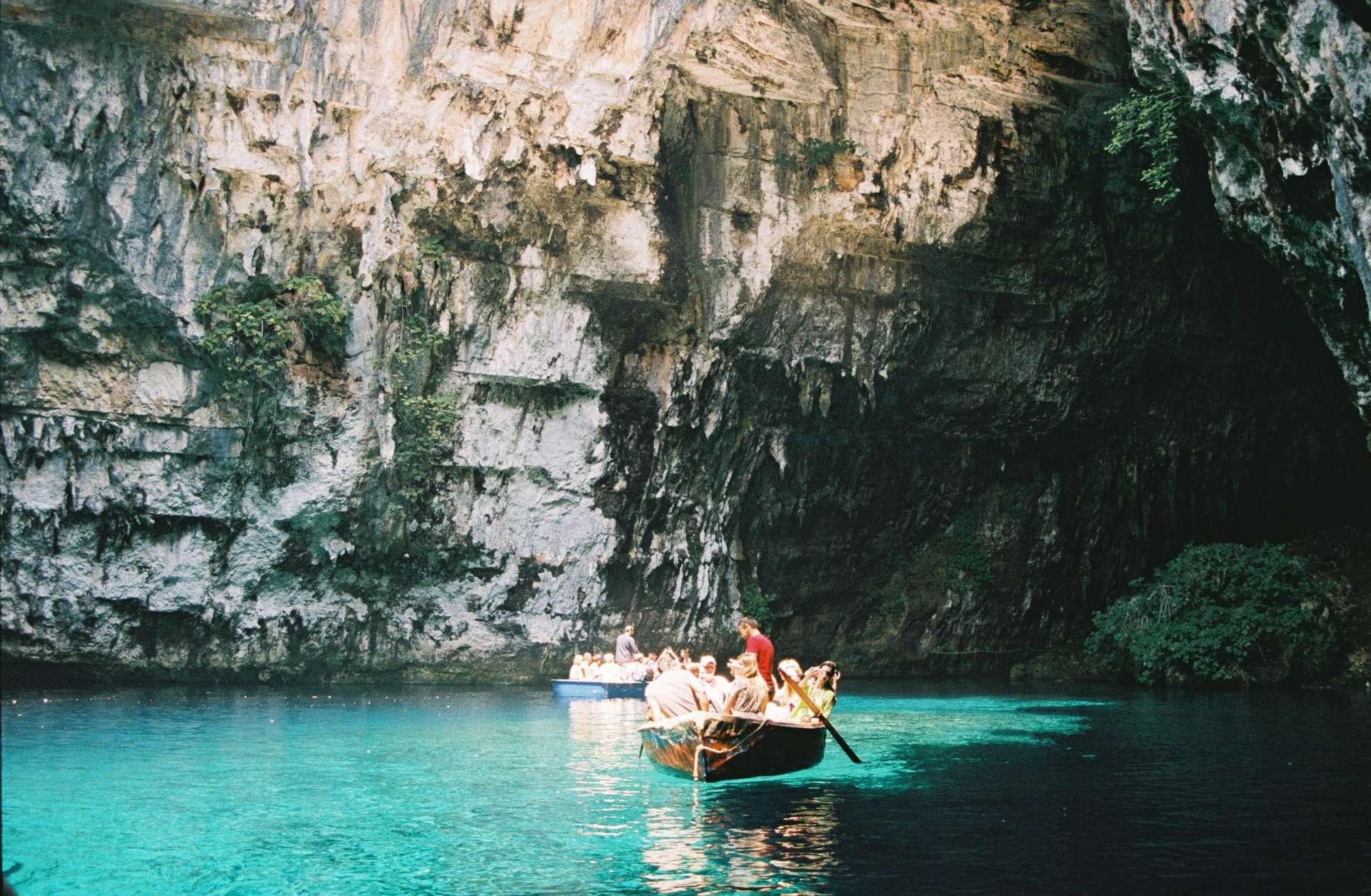 Melissani Cave Kefalonia met boot