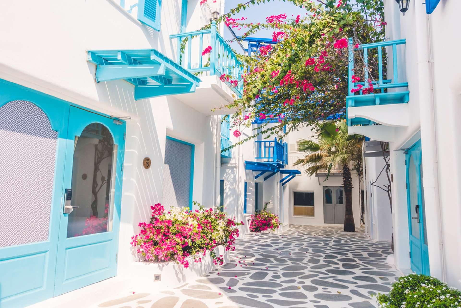 Griekenland Santorini Kleurrijk straatje