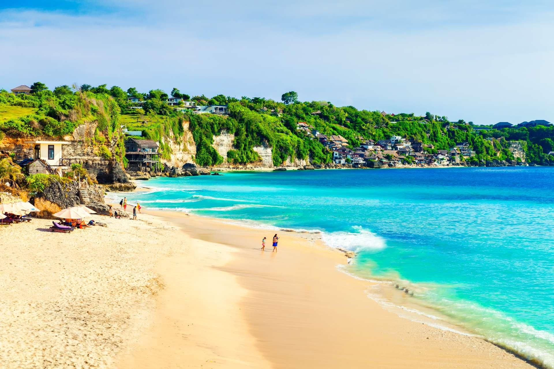 Indonesië Bali wit strand met blauwe zee
