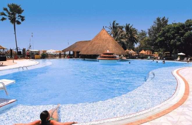Senegambia beach hotel zwembad