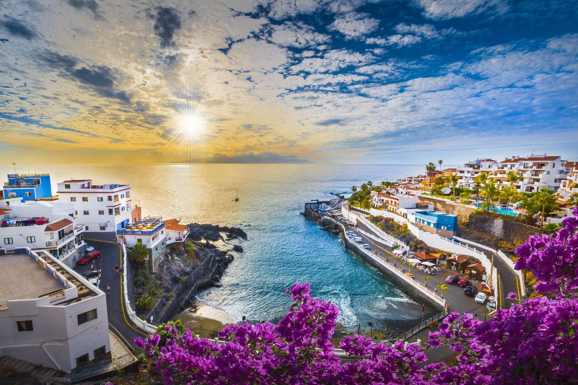 Spanje Canarische eilanden Tenerife Puerto de Santiago city