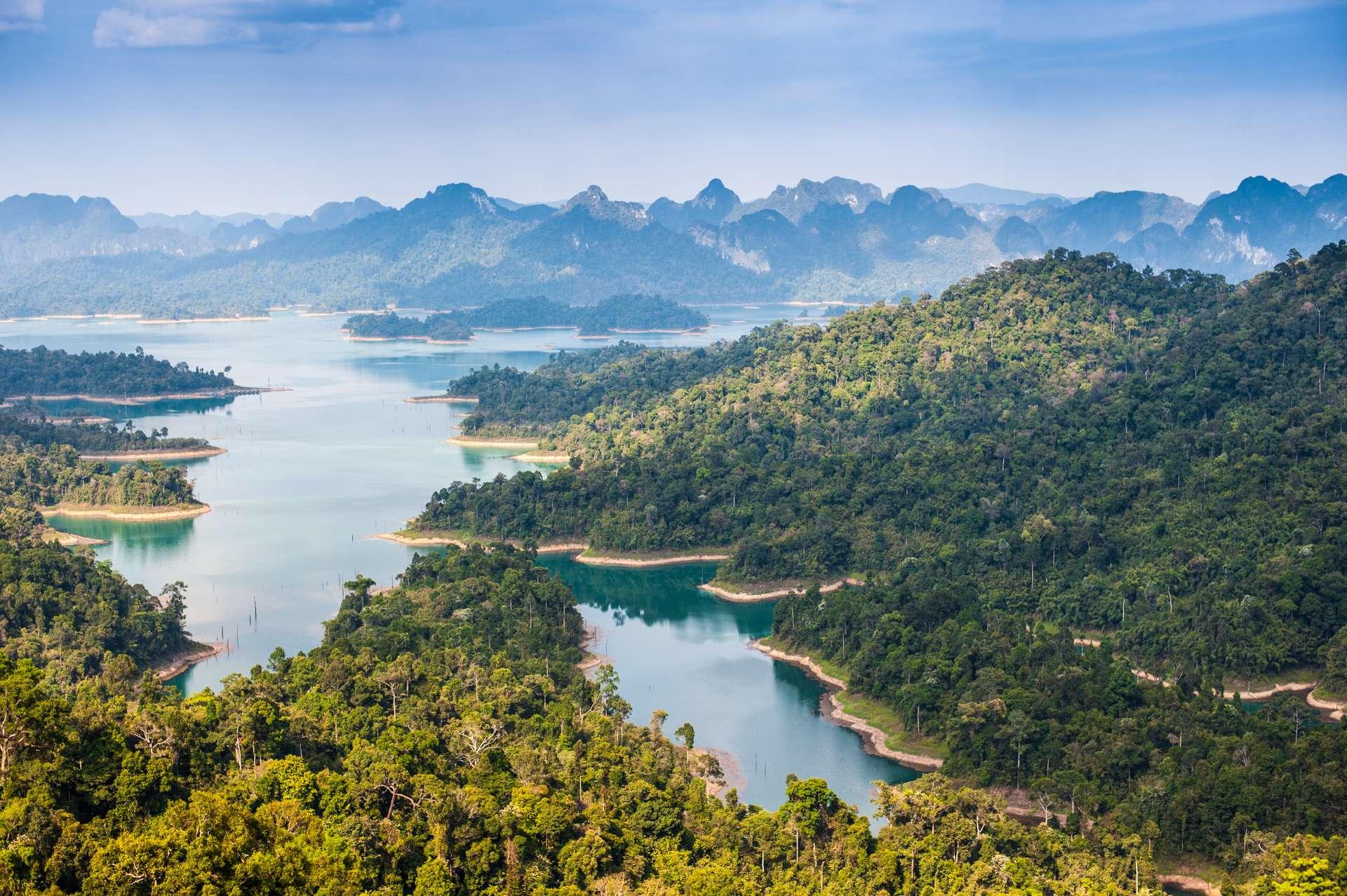 Thailand Suratthani Khao sok national park Ratchaprapha dam