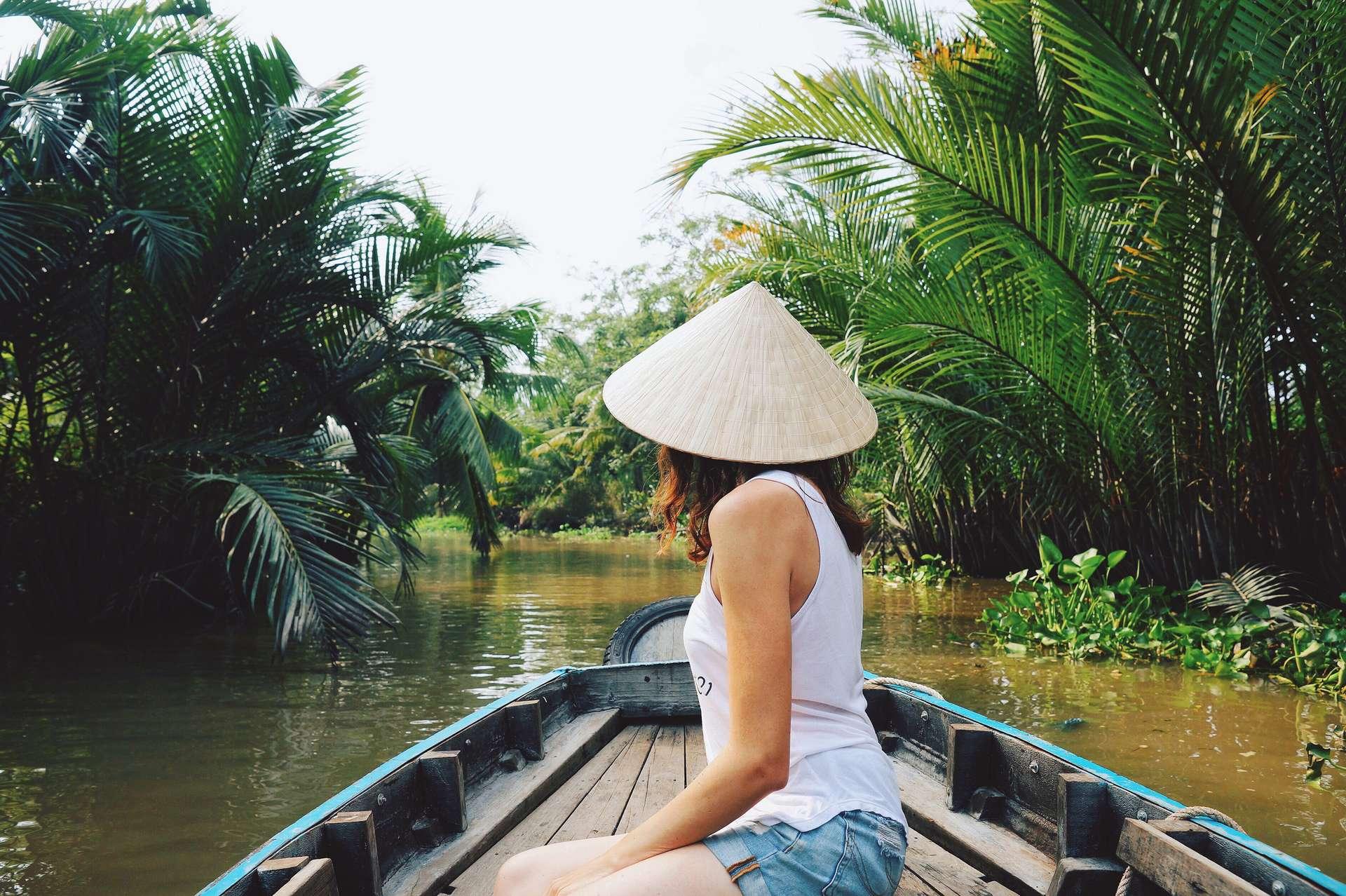 Vietnam Can Tho Mekong Delta vrouw op boot